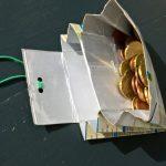 Portemonnaie aus leerer Milchpackung